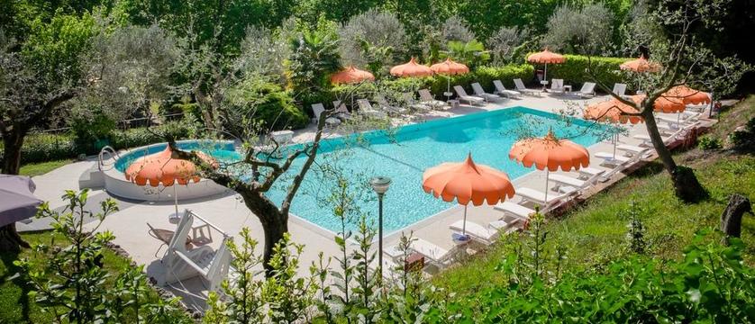 Hotel Mon Repos Pool.jpg